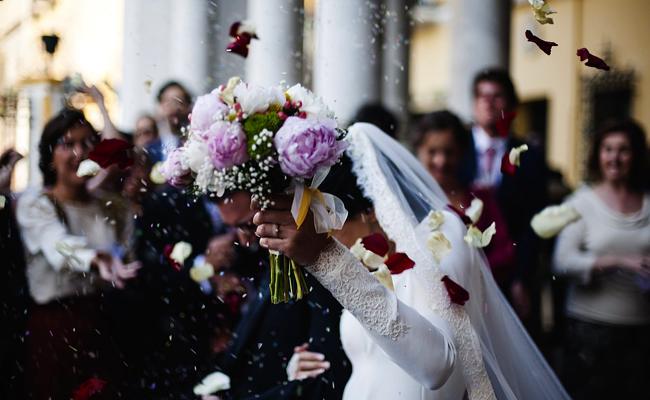 Financement du mariage : quels sont les us et coutumes dans les familles ?