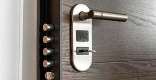 Les assurances obligent-elles à utiliser un type particulier de serrure pour sécuriser la maison ?